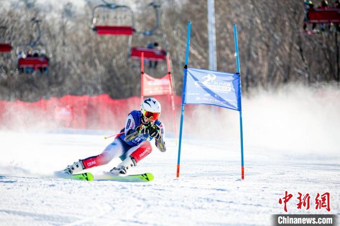 吉林国际高山/单板滑雪挑战赛收官