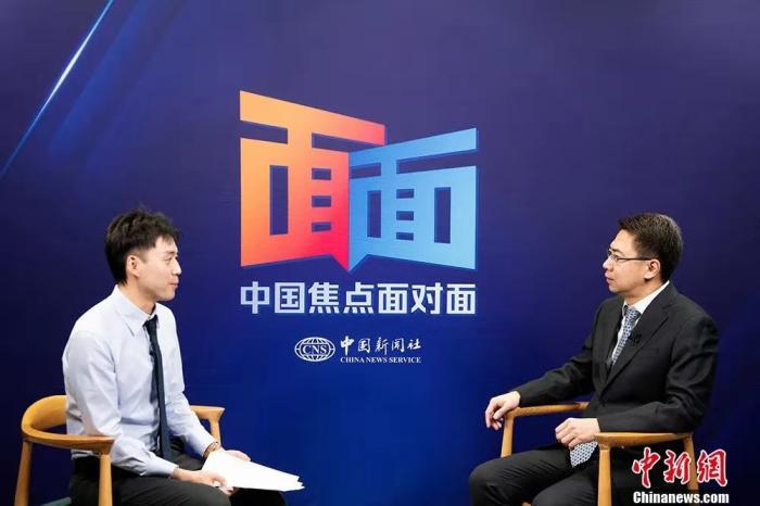 """臧铁伟讲述中国立法两个小故事:一群中学生和一封""""无字信"""""""