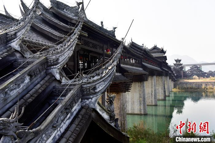 重庆千年古镇濯水的新生机