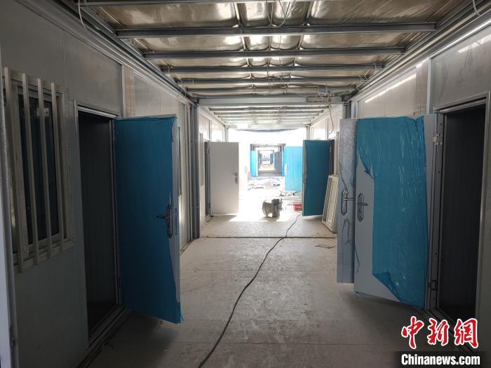 石家庄黄庄公寓隔离场所:首批1512套集成房屋完成主体拼装