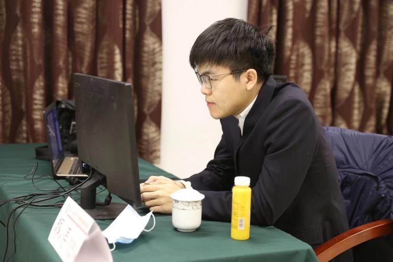 围棋 | 春兰杯决出四强 中国三将围攻韩一哥