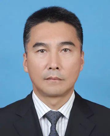 王乃学、黄洲、何辛幸已任广西壮族自治区政协领导图片