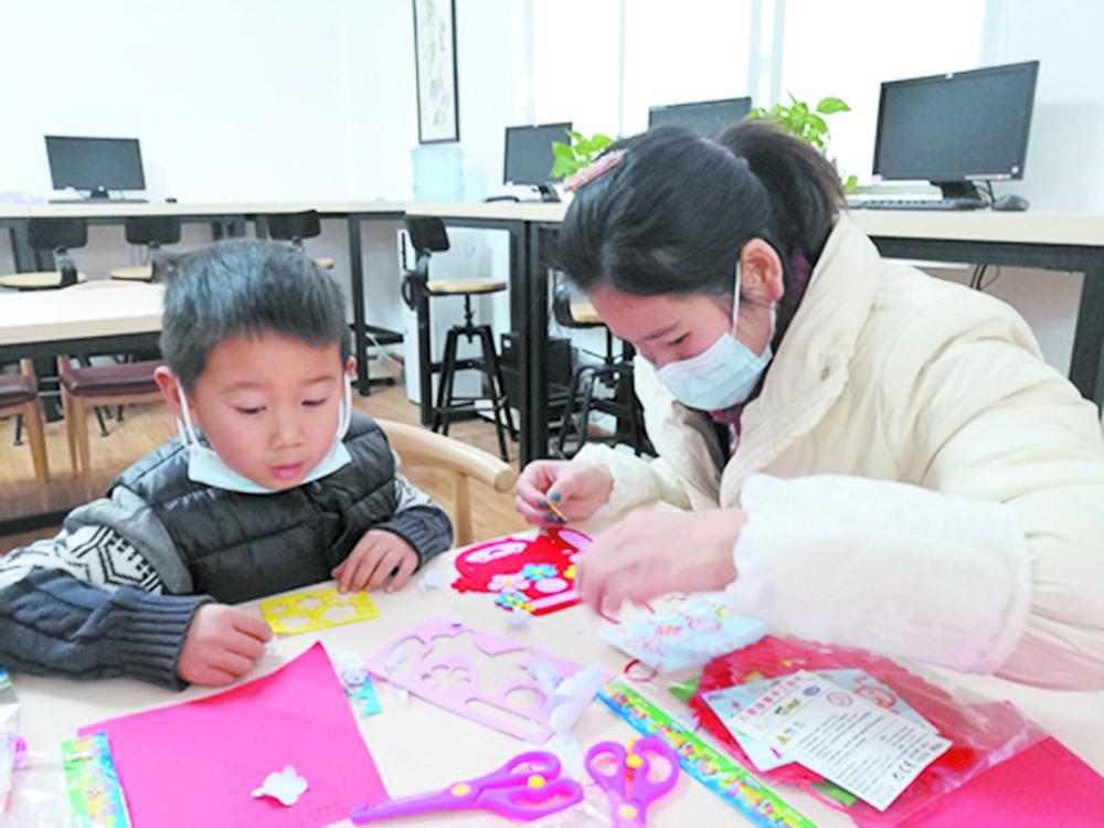 剪纸DIY 热闹迎新年