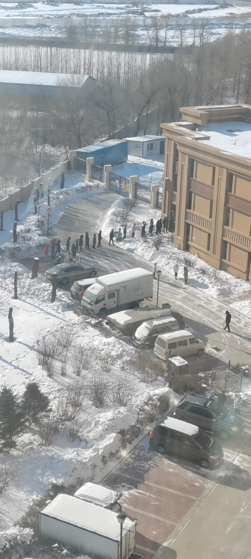 哈尔滨呼兰区管控升级:全民核酸检测,非必要人员严禁出入