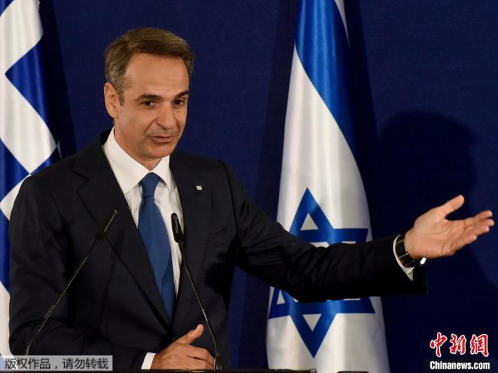 希腊总统总理接种第二针疫苗 商店开业14万人复工