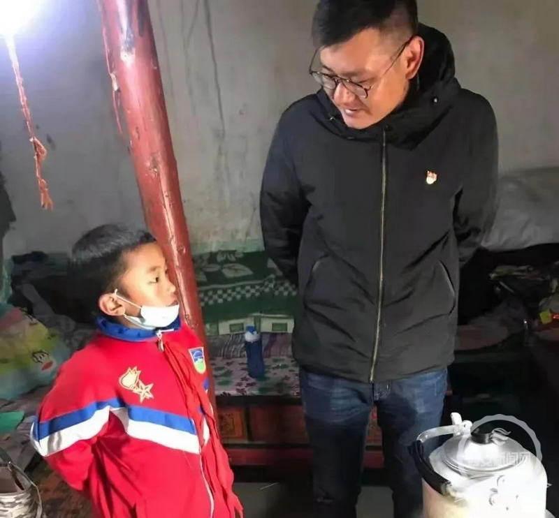 """""""教育之花定会像格桑花一样扎根高原"""" 陕师大毕业生13年奋斗在西藏那曲教育一线"""