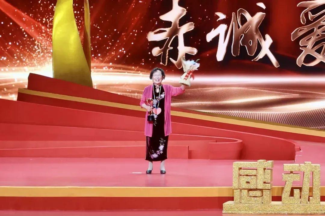 【感动重庆】专注儿童健康,94岁仍坚持坐诊
