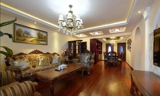 邻居花12万装修的135平米美式风格,比我家10万的都好!