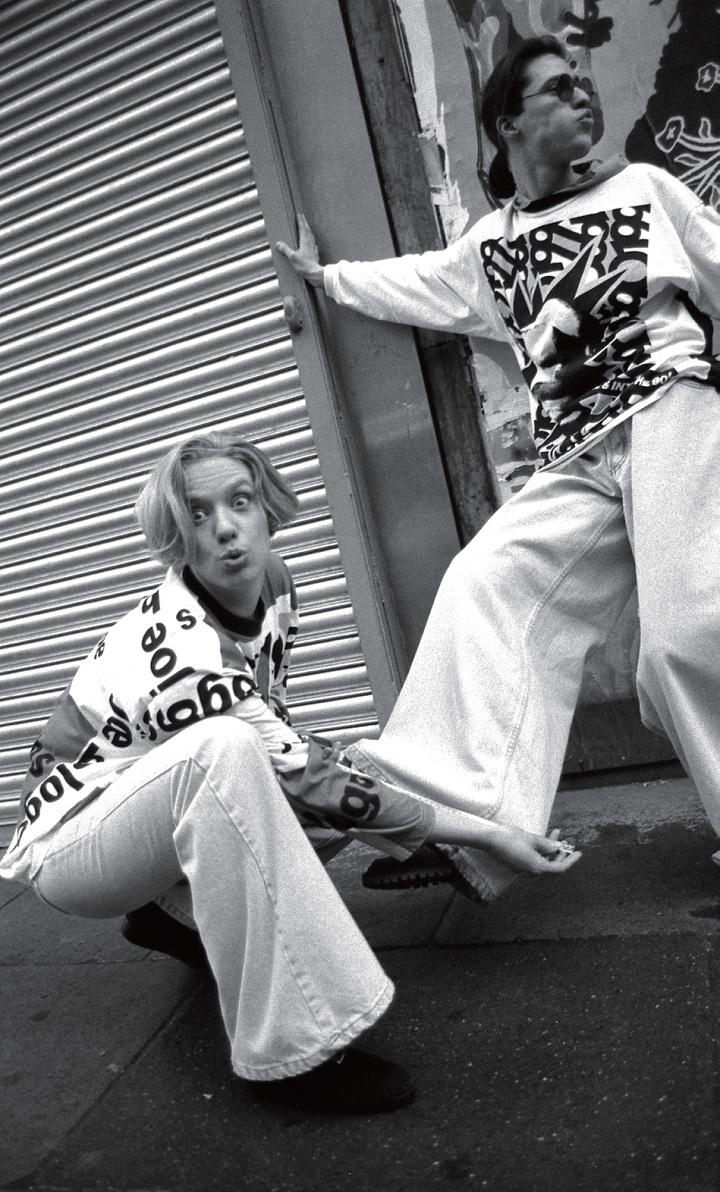 早在街头服饰流行之前, 俱乐部服装才是主流