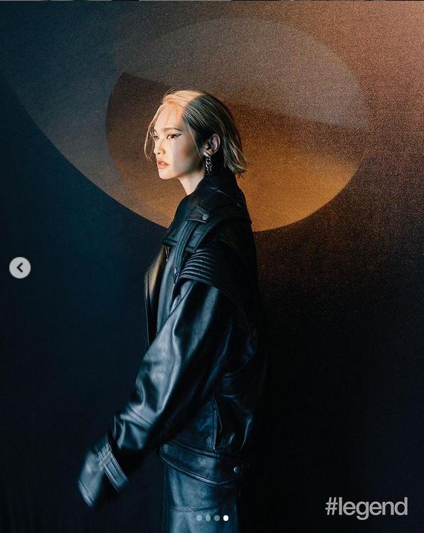 杨丞琳最新时尚大片曝光 黑色皮衣搭配上挑眼线个性十足