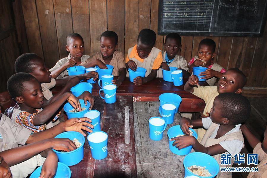 中国奇迹③|专访世界粮食计划署助理干事乌特·克拉默特:消除贫困同时,中国对全球人道主义救援和发展作用加强