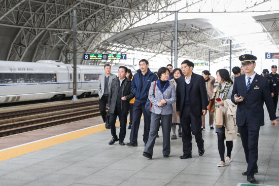 """上海三分检:以跨行政区划检察监督,推动高铁安全""""法治化""""进程"""