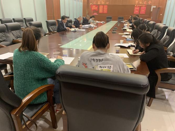 县行政审批服务局全力以赴做好疫情防控工作