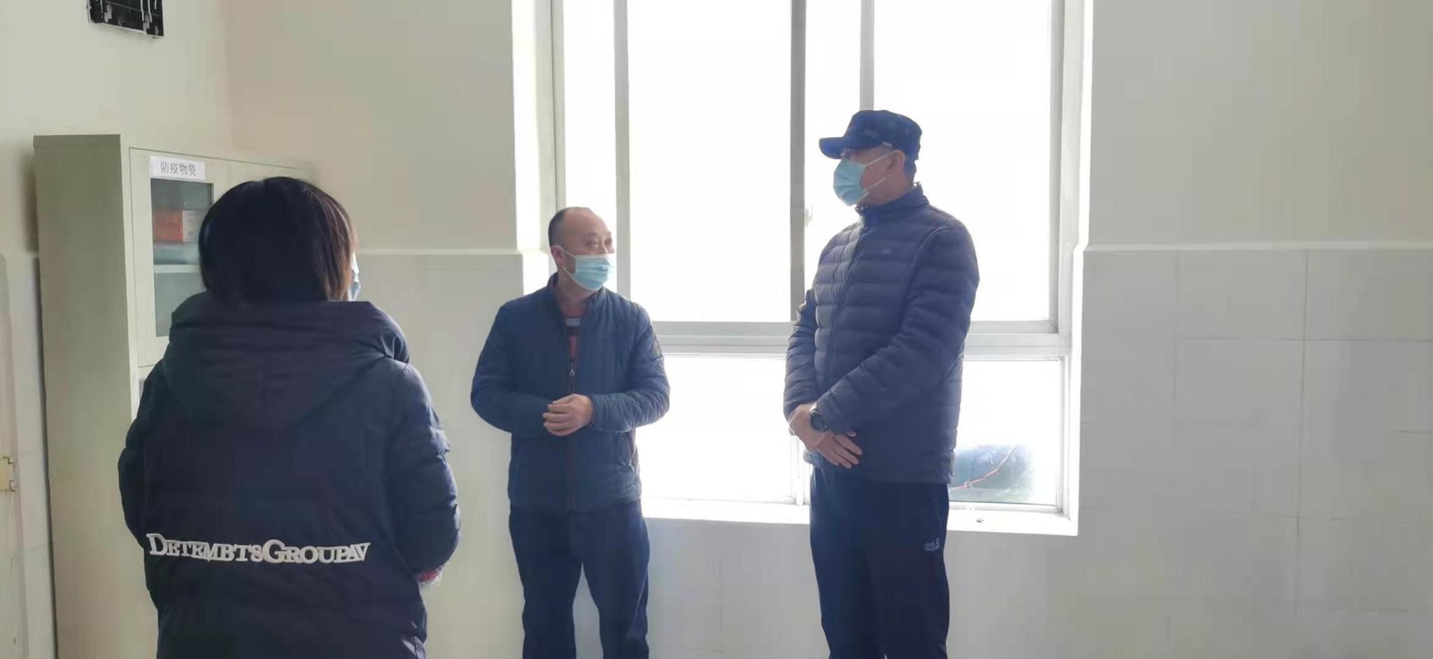 市民政局督导检查广汉市农村疫情防控工作