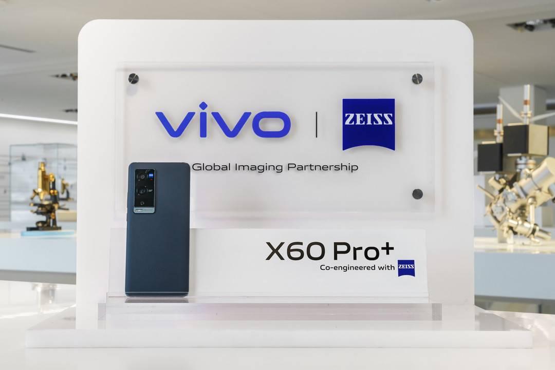 手机HDR视频标准两大阵营成型 蓝厂携蔡司深入手机镜头加工