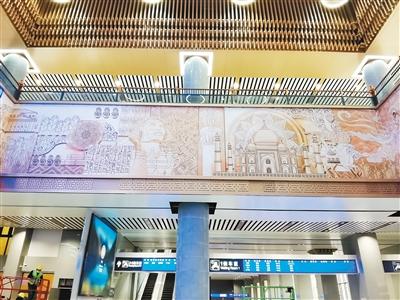 """西安火车站南站房中厅 和第二、第四候车室""""亮相"""""""