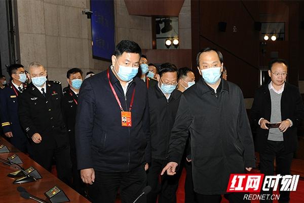 """许显辉带队检查湖南省""""两会""""安保工作"""