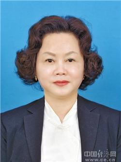 黄英当选内江市政协副主席(图|简历)