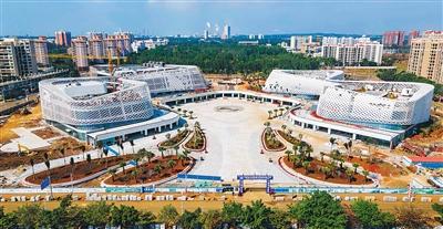 洋浦滨海文化广场进入收尾阶段