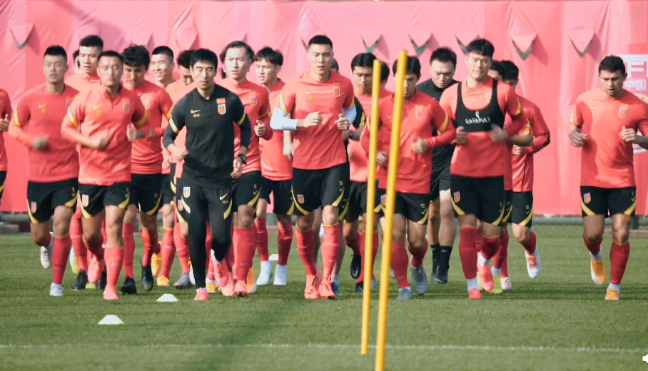 国足训练要上强度,暂定下月初打两场教学赛图片