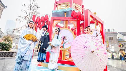 敦煌博物馆山东首展亮相济南世茂广场,零距离感受敦煌文化的魅力