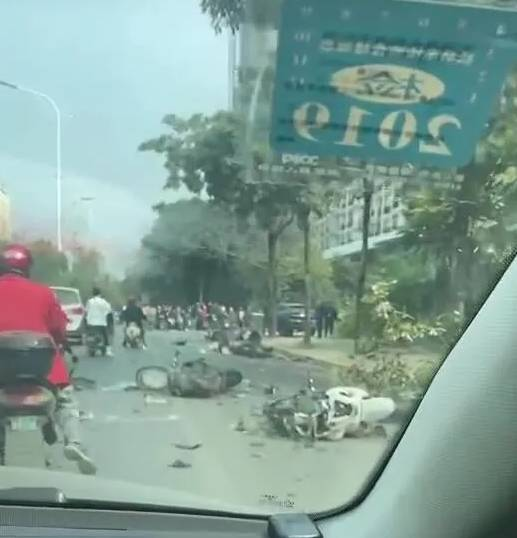 南宁白沙大道车祸追踪:肇事者是否为4S店员工存疑,伤者仍在抢救