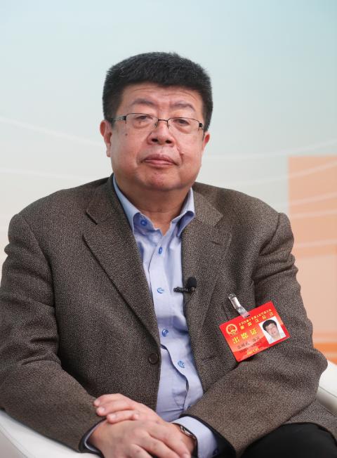 北京市人大代表、北京大学教授张颐武:历史遗存要在活化中保护