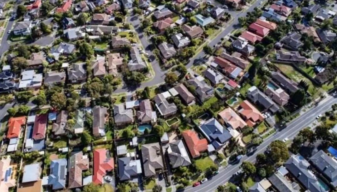 悉尼9成房主转售盈利!中国买家在澳置产兴趣冷淡 英美询盘却大幅激增