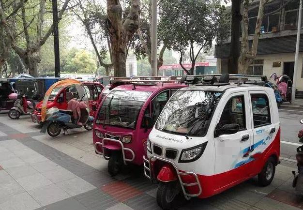 北京警方整治电动三四轮车