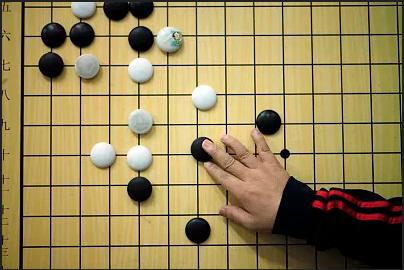【体坛锐评】两部电视剧,为何能带火围棋和国际象棋?