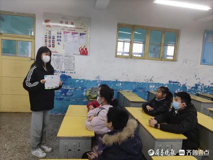 垃圾分类小课堂 从小培养环保意识