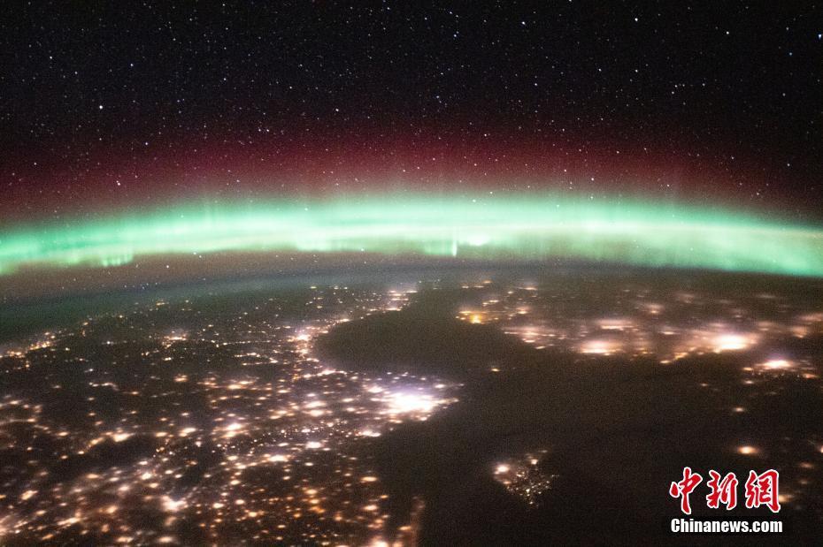 国际空间站发布地球极光照片 璀璨浩瀚令人惊叹