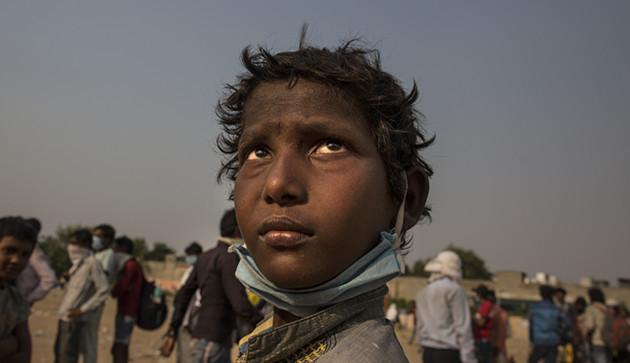 印度农民新德里示威,反对莫迪政府农业改革法案
