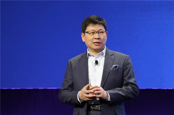 余承东新工作公布:兼任云与计算BG总裁、继续消费者BG CEO