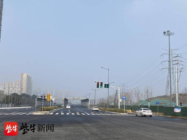 """南京龙翔路正式更名""""数字大道"""",双向交通将缓解绕城公路、软件大道通行压力"""