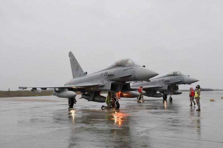 西班牙派战机部署到罗马尼亚