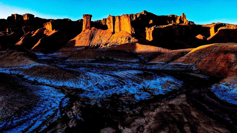 绿水青山丨新疆拜城:瞰红石林千姿百态 叹大自然鬼斧神工