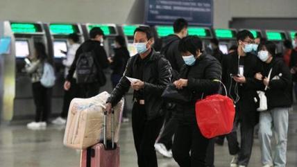 """广铁:为方便老年人出行,所有地市级车站设""""无健康码""""通道"""
