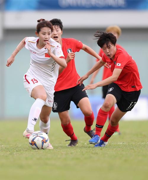上海申花女足颜值担当熊熙选择退役,自称身体原因,疑与教练有矛盾