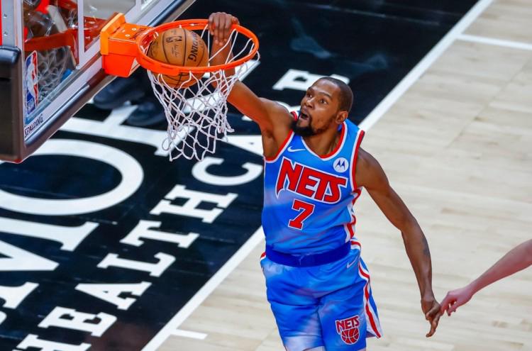 杜兰特篮网生涯前15场比赛得分均20+ NBA历史第四长纪录