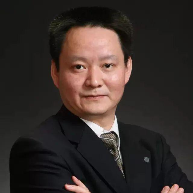 中国新冠疫苗上市,全民免费接种  | 万东医疗总裁燕霞辞职【最·新闻0104】