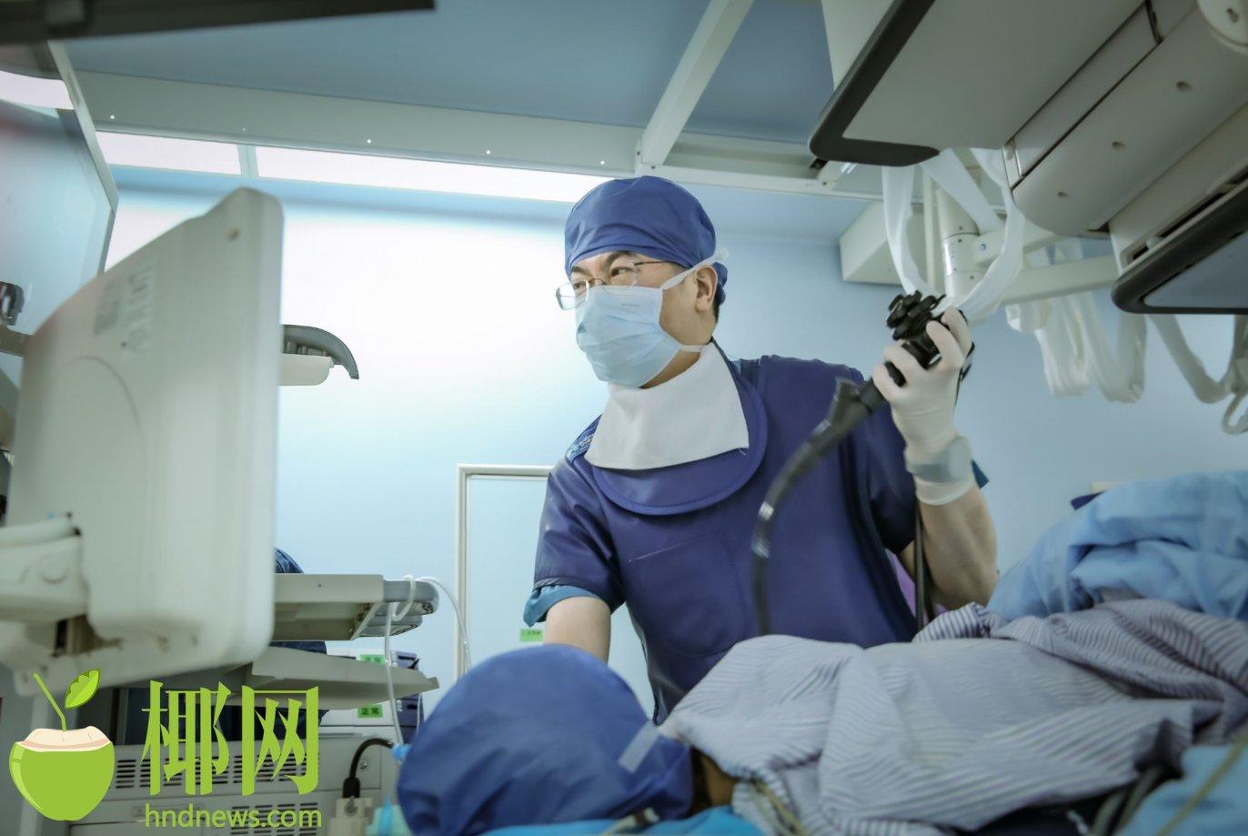 """海南首例""""超声内镜引导下胆道穿刺引流术""""成功实施"""