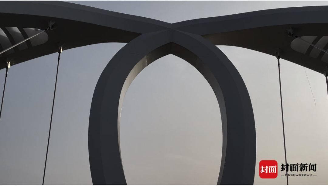 """全国首创""""水滴""""造型  天府新区科智路跨猫猫沟大桥建成"""