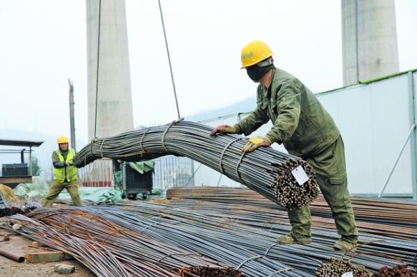 数博大道延伸段(贵黄路-太金线) 下穿沪昆高速铁路桥工程全面施工