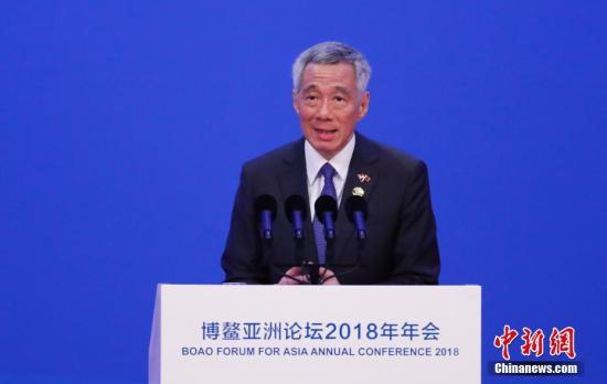 新加坡总理李显龙接种新冠疫苗 无任何不适