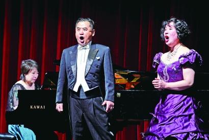 """70岁刘捷教你""""如何歌唱到老"""""""