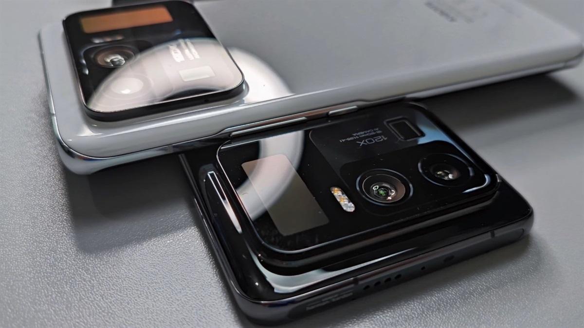 小米 11 Ultra 上手视频曝光:120 倍变焦镜头 + 奇特副屏