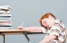 生活百科|专家:假期改善睡眠避免三个误区