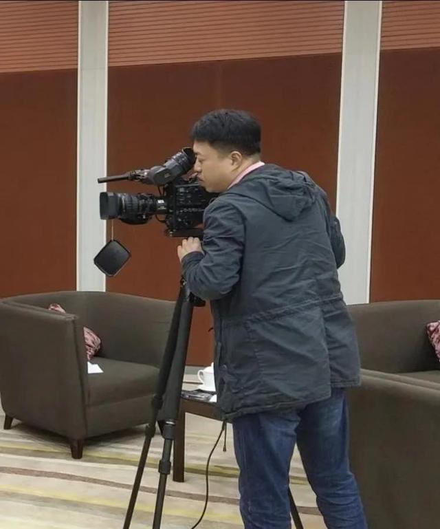 重庆广电集团融媒体中心记者朱春亚:用镜头记录重庆法院人对公平正义的不懈追求