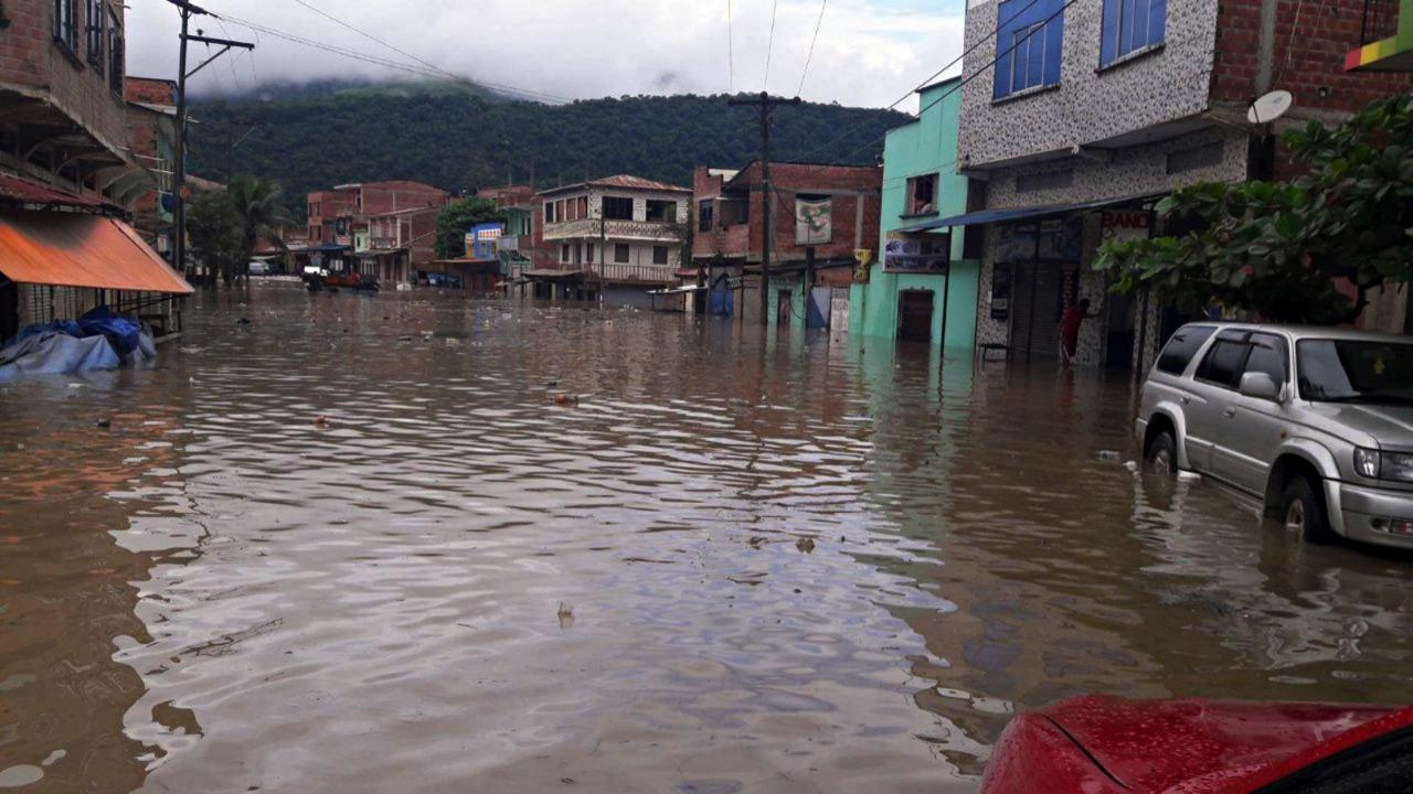 玻利维亚暴雨造成8人死亡 超过3.6万户家庭受到影响